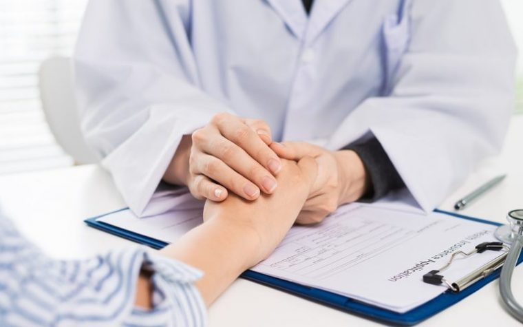 Finding and Choosing an Endometriosis Specialist